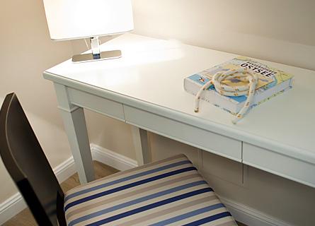 Schreibtisch in Zimmer 3