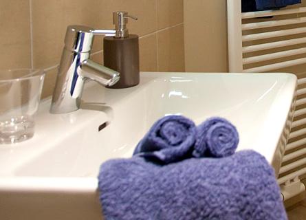 Badezimmer in Zimmer 7