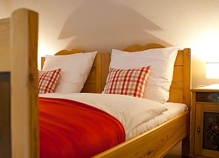 Doppelbett in Zimmer 9